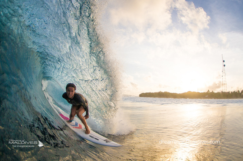 Surfing in Maldives. Cokes Spot Photo Gallery