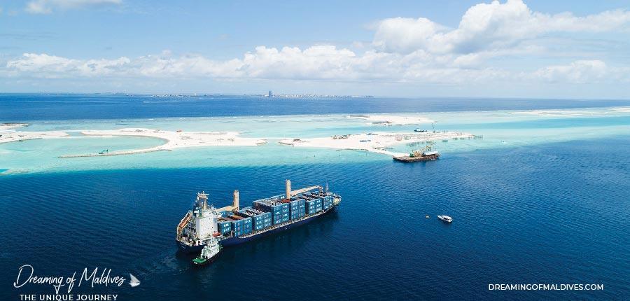 Building CROSSROADS Maldives Artificial Islands - Emboodhoo Lagoon