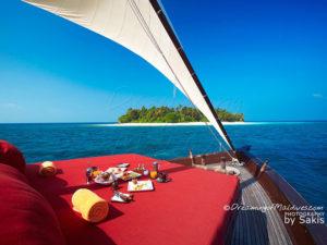 Photo of The Day : Cruising on a luxury Dhoni in Maldives at Niyama Maldives