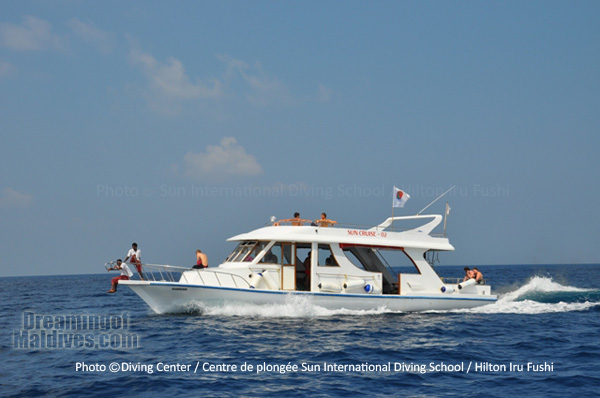 Diving Boat, Dhoni at Hilton Maldives Iru Fushi