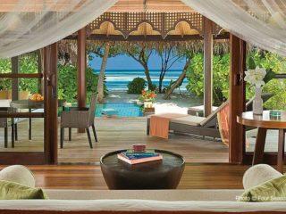 Four Seasons Kuda Huraa - Number 9 Maldives TOP 10 Resorts 2014