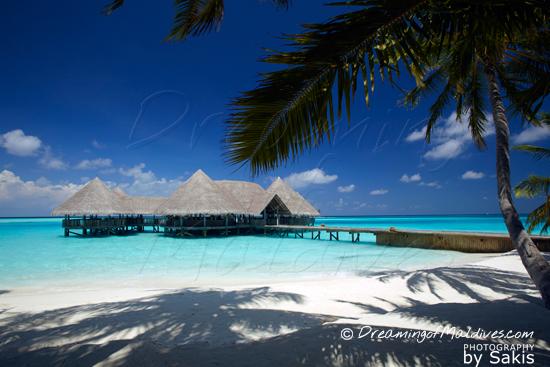 Gili Lankanfushi Maldives - The Over water Bar Restaurant