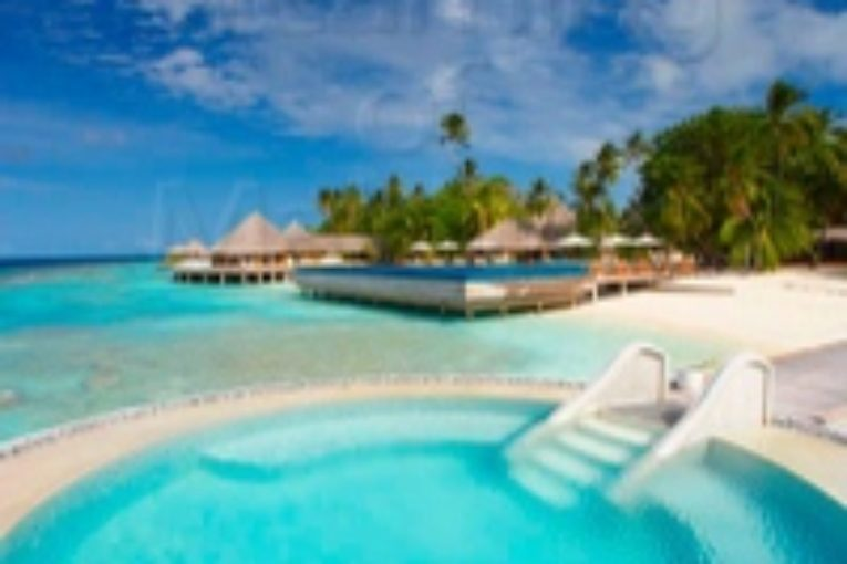 Huvafen Fushi Maldives welcomes Top Music Names BT & POET NAME LIFE