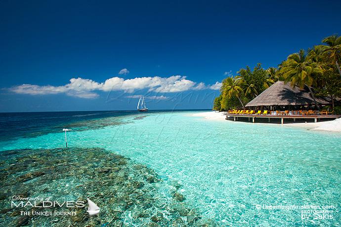 Angsana Ihuru Maldives Best Island Resort for snorkeling in Maldives Reef exit