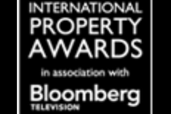 Kanuhura wins Bloomberg Hotel Award – BEST 5 Star Hotel in Maldives