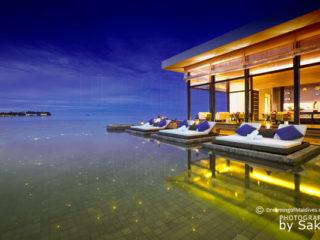 Jumeirah Dhevanafushi Ocean pearls Infinity Pool at Johara Restaurant