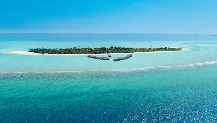 Kanuhura is one of the largest islands in the Maldives with 1.4km in length
