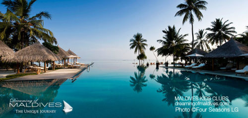 Maldives Family Hotel Four Seasons Landaa Giraavaru Pool