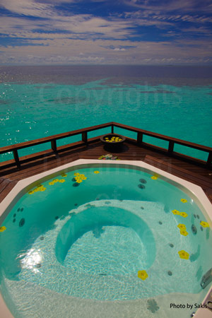 Maldives spa or cruising boat