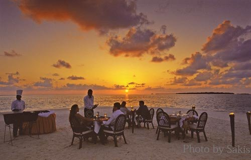 Maldives sunset dinner