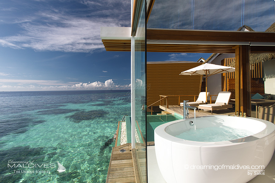 The Most Extraordinary Hotel Bathrooms in Maldives - KANDOLHU