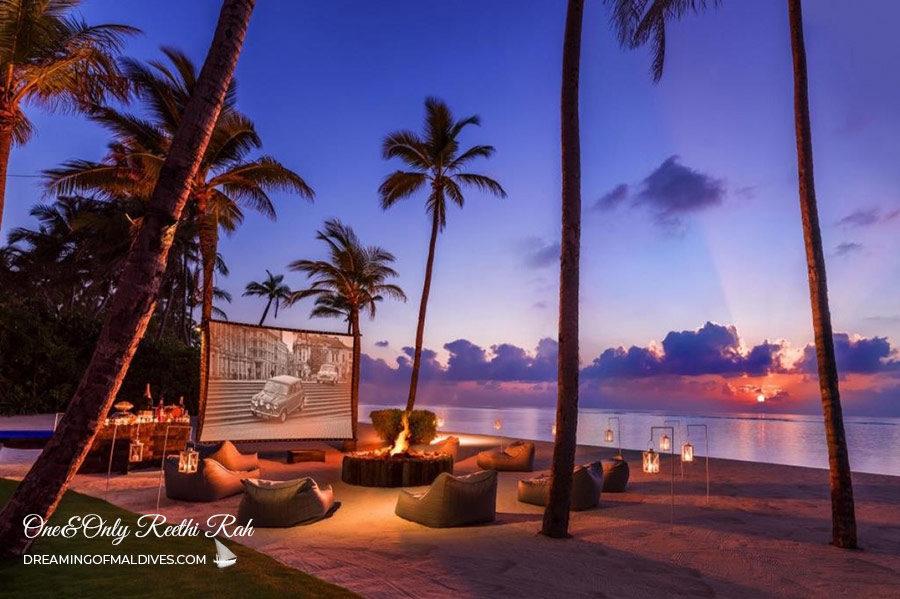 Restaurant Bar and Lounge One & Only reethi rah Maldives