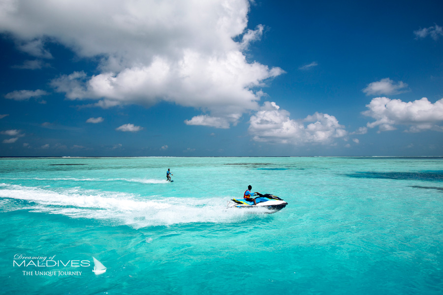 Ozen at Maadhoo Maldives. Jet Ski & Water Ski