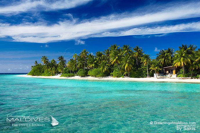 Park Hyatt Hadahaa best resort for snorkeling in Maldives. house reef villa