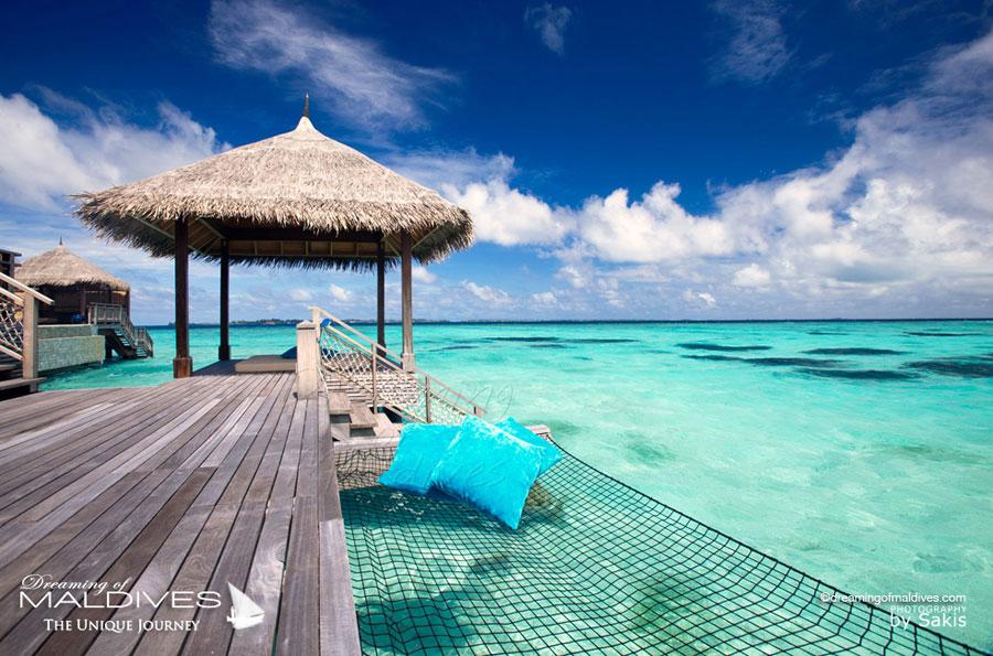 Shangri La Villingili Maldives Villa Muthee - Hammock over the lagoon