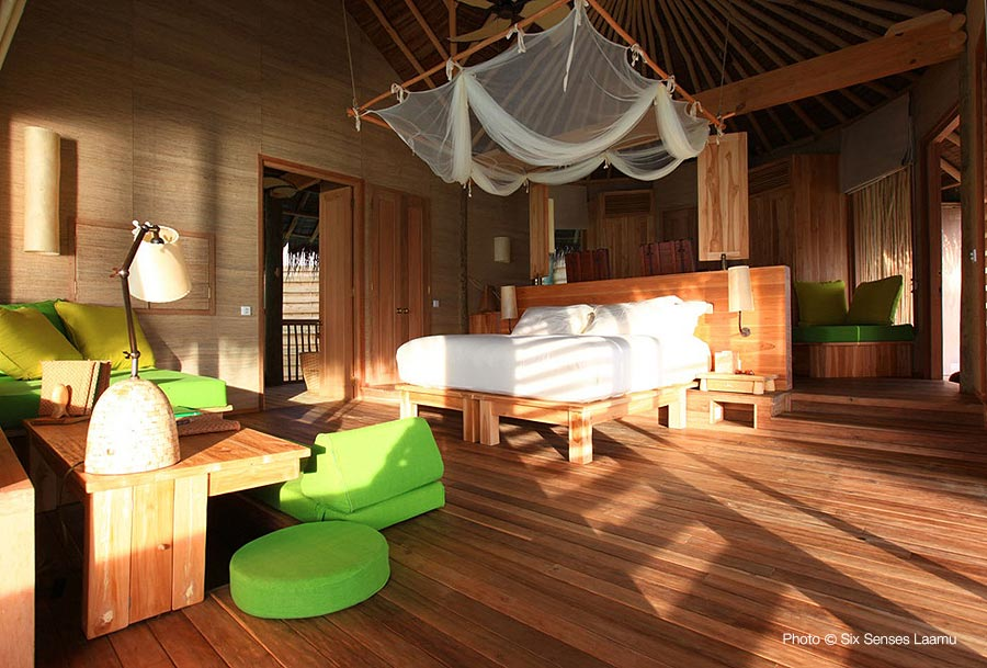 Six Senses Laamu Water Villa - The bedroom