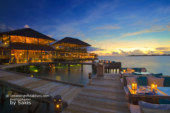 Photo of The Day : Six Senses Laamu Sunset Diner at Deck-A-Dence