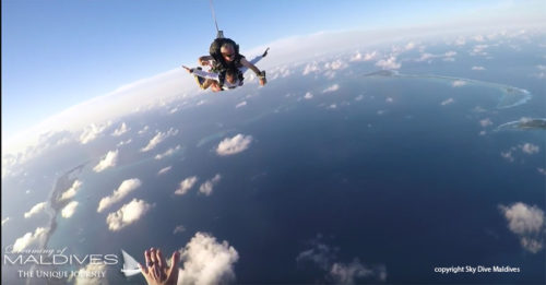 sky-diving-maldives-high-in-the-sky (Amazing Sky Diving in Maldives. Video)