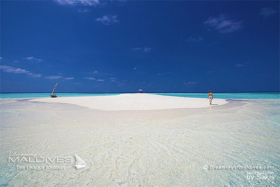 Things To Do In Maldives. Go to a Sand Bank in the Middle of Nowhere