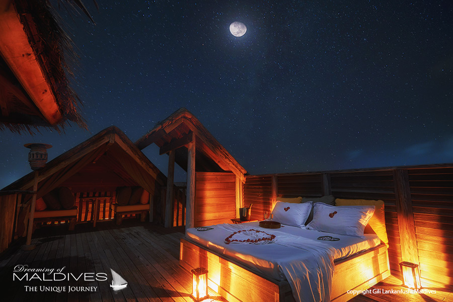Things To Do In Maldives. Sleep under the Stars