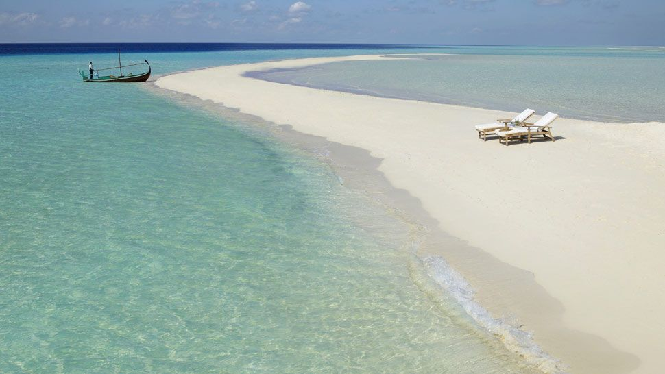 Tony Blair is holidaying in Maldives at Four Seasons