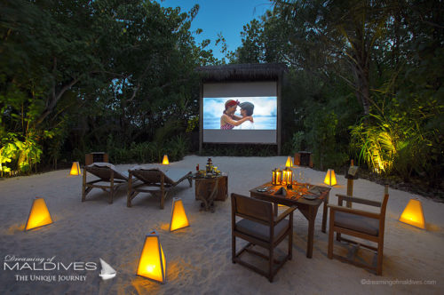 TOP 5 Things to do at Gili Lankanfushi Maldives.  Watch a movie under the stars in the Island Jungle Cinema (5 TOP Things To Do at Gili Lankanfushi Maldives)