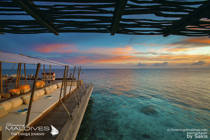 TOP 5 things to do at W Maldives. Listen to Music at Sunset / DJ's Events