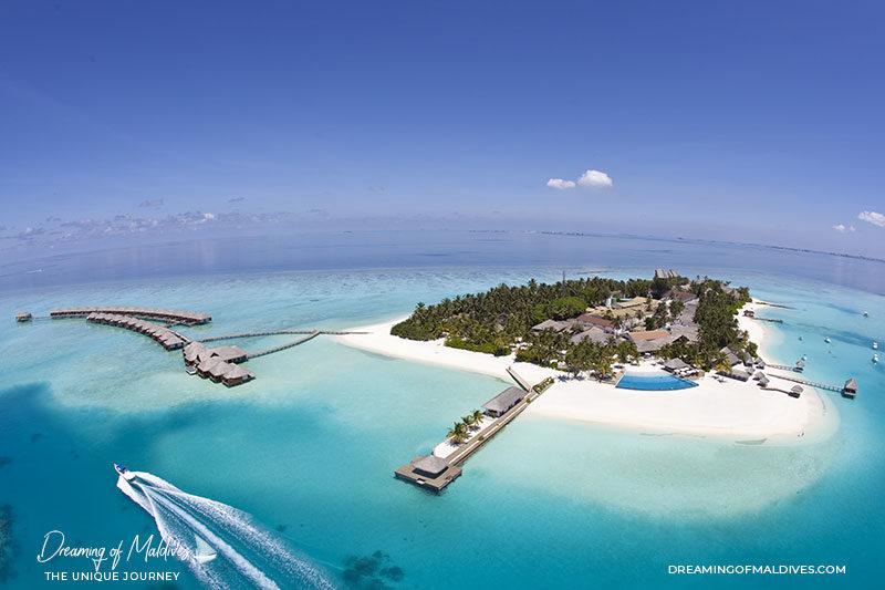 Maldives Velassaru Island lagoon no snorkeling