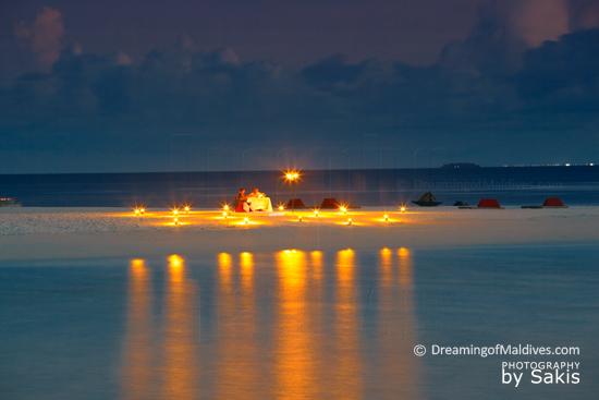 W Retreat & Spa Maldives Magical Moment for 2  |  Photo © Sakis Papadopoulos