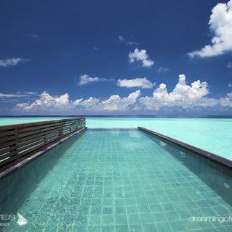 2016 maldives new resort OZEN at Maadhoo.