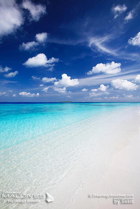 Maldives Paradise Islands - Infinite Blue