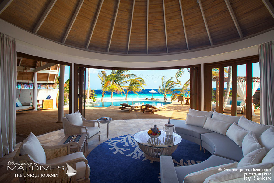 Milaidhoo Beach Residence Living Room