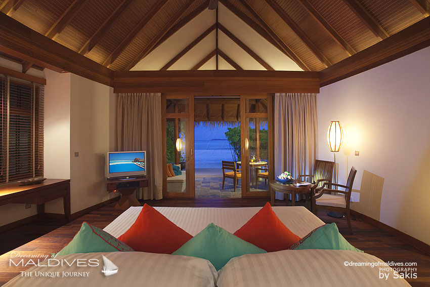 Anantara Dhigu Maldives - Resort View From Beach Villa Bedroom