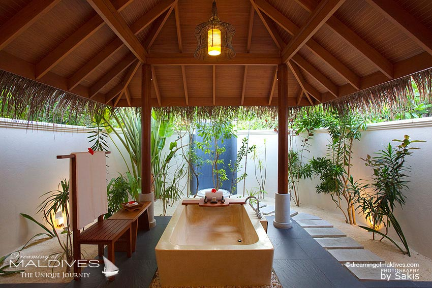 Anantara Dhigu Maldives Beach Villa Bathroom