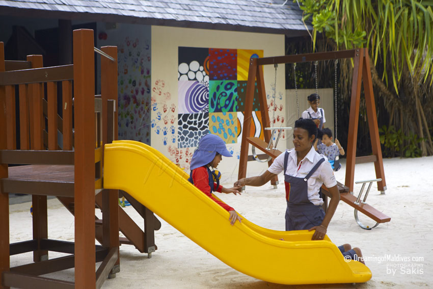 Anantara Kihavah Maldives Kids Club