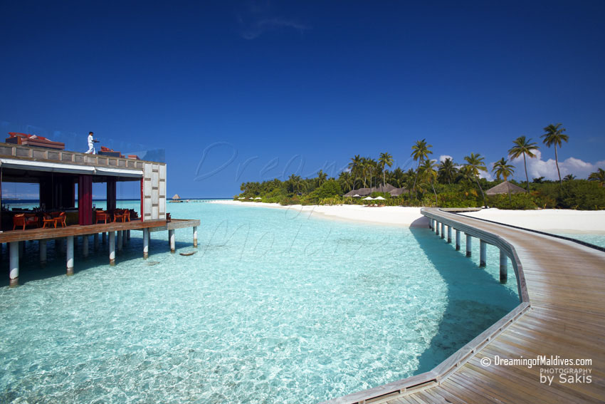 Anantara Kihavah Maldives - On the left Sky, The Panoramic Bar