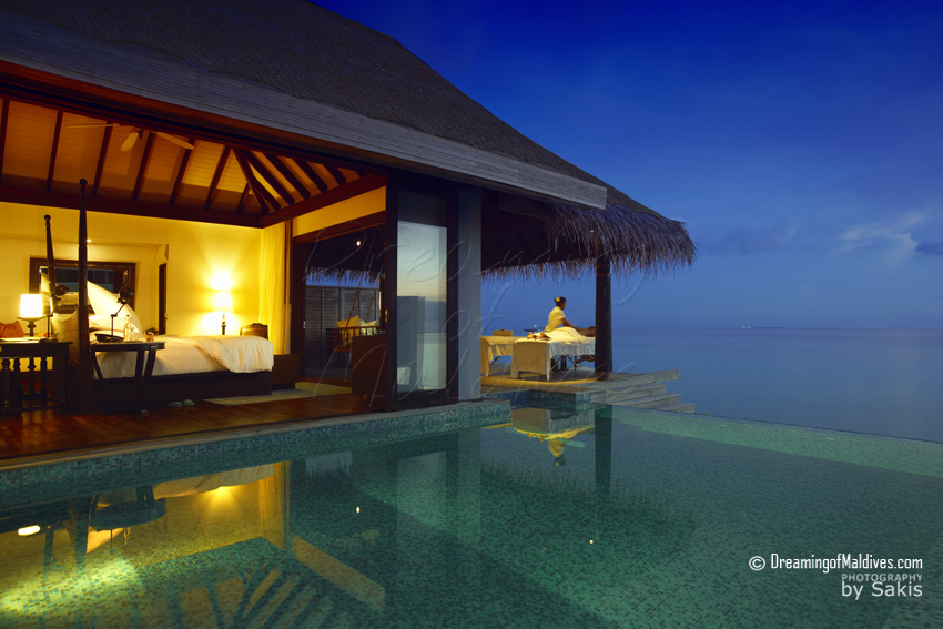 Anantara Kihavah Maldives - Water Villa at sunset
