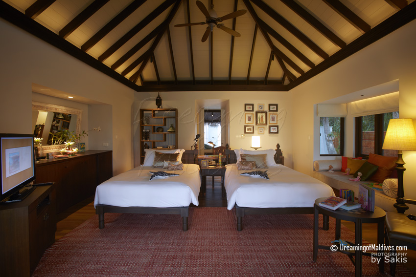 Anantara Kihavah Maldives - Family Beach Pool Villas Kids Room