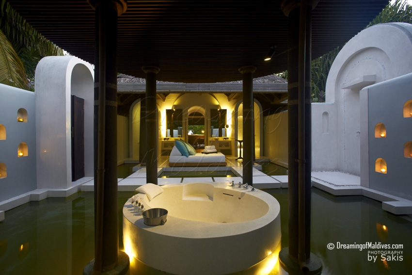 Anantara Kihavah Maldives - Beach Pool Villa, the Bathroom