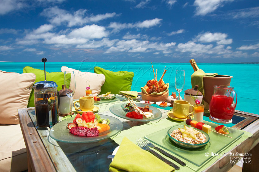 Six Senses Laamu Maldives - Breakfast on Water Villa Deck