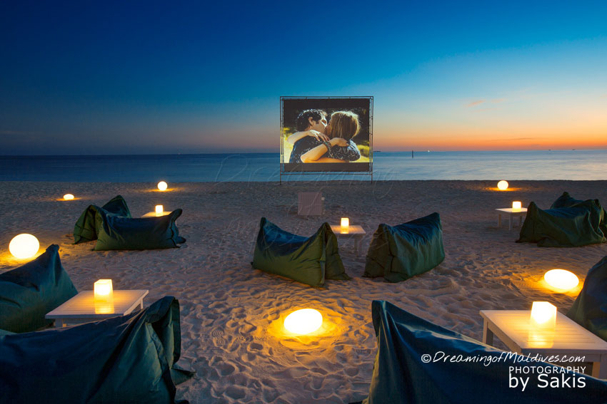 Velassaru Maldives - Beach Cinema under the Stars