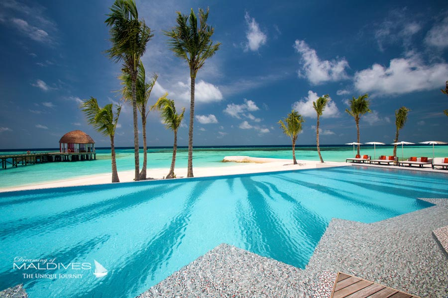 OZEN at Maadhoo Maldives - Essential Resort
