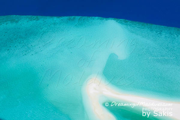 did you know travel fact Maldives Sandbanks and shapes