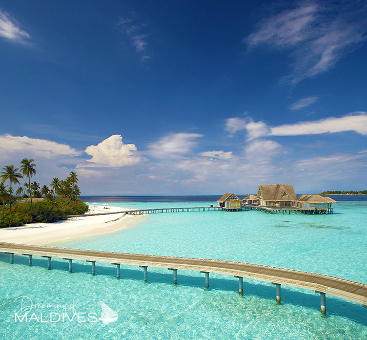 Photo Galleries of the most Beautiful Hotels and Resorts of Maldives